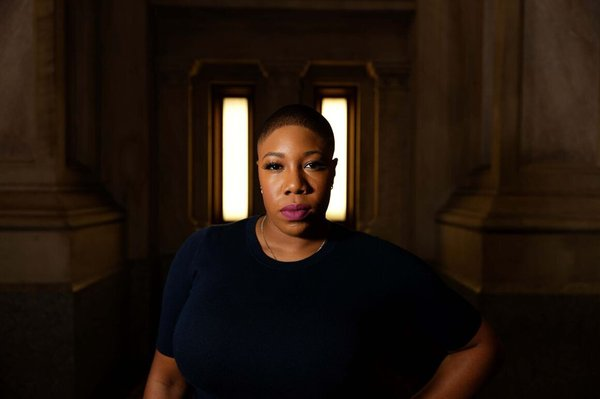A champion for women, Symone D. Sanders is a seasoned political strategist and former CNN political commentator who currently serves as Senior Advisor for former Vice President Joe Biden's 2020 presidential campaign.